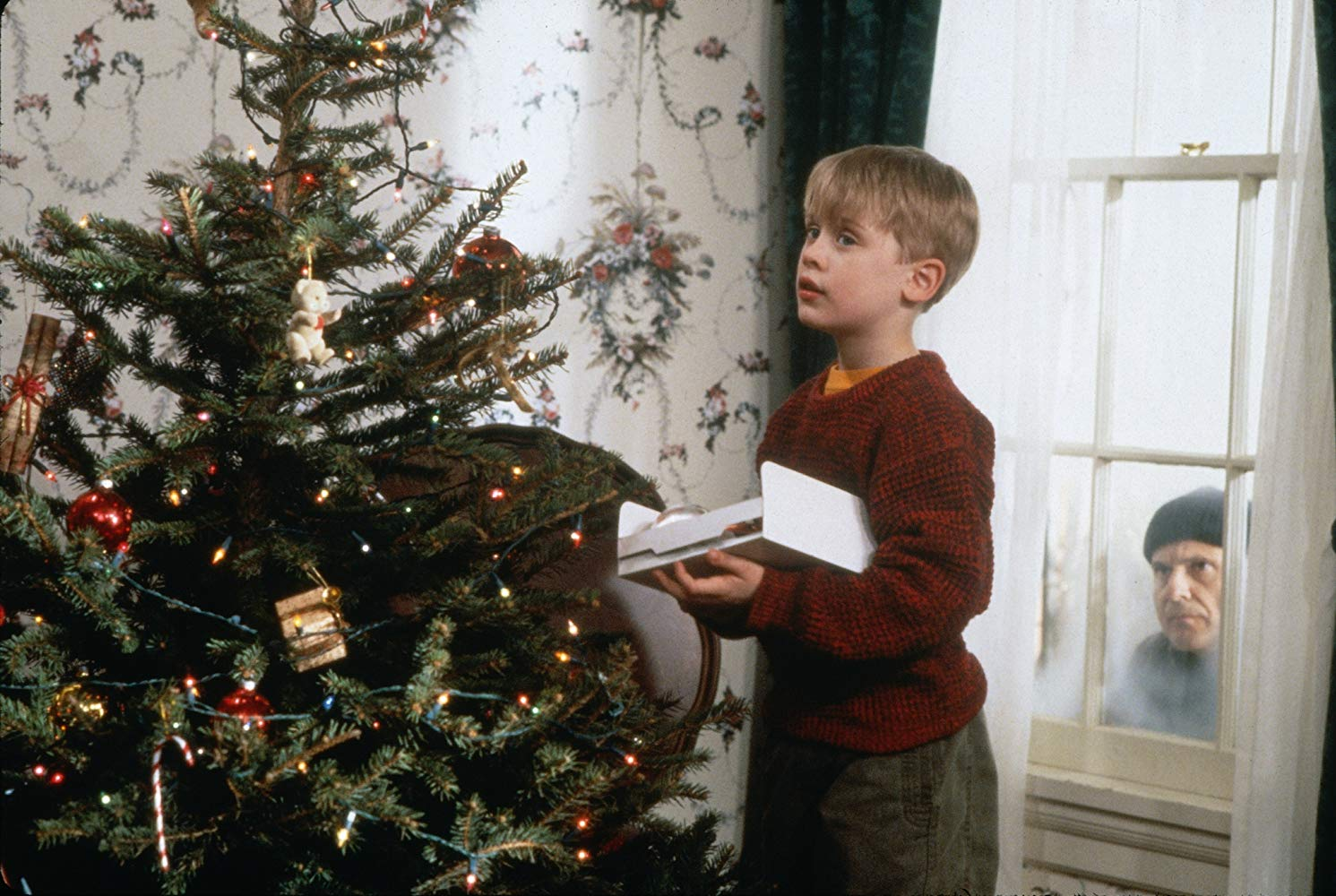 <em>Home Alone</em> is a Horror Movie for Kids, and That's Why It Works