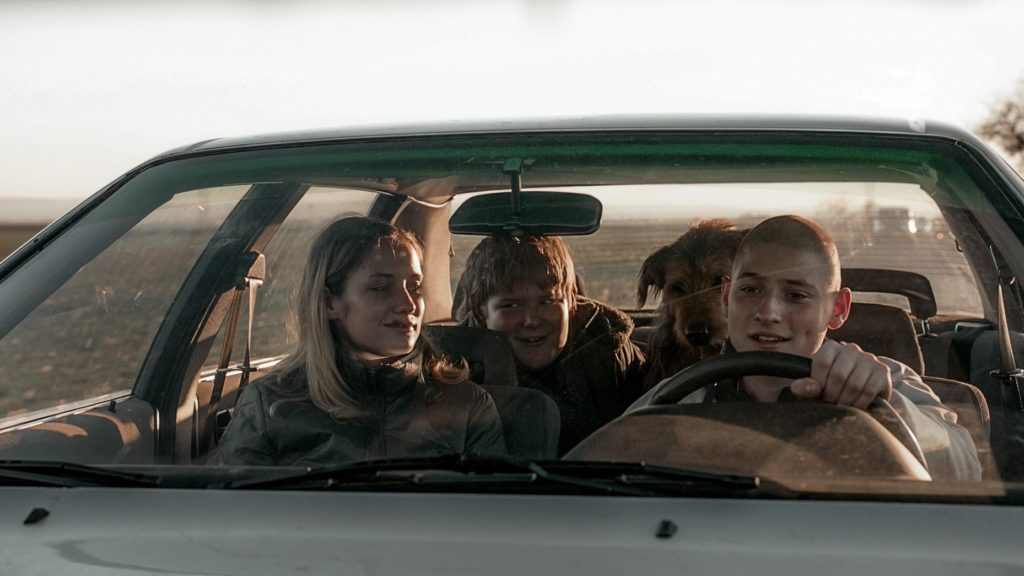 Film still from Winter Flies / Všechno bude, dir. by Olmo Omerzu
