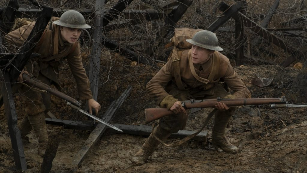 Dean-Charles Chapman and George MacKay in the movie 1917
